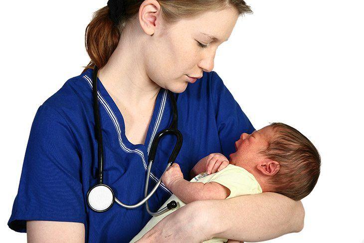 what-is-a-newborn-baby-nurse