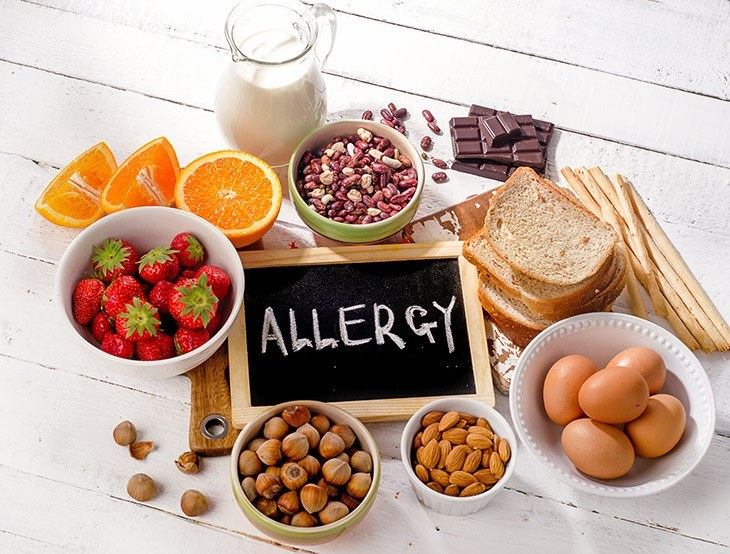 should-allergy-causing-foods-be-avoided